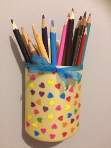 fabriquer porte crayon mural