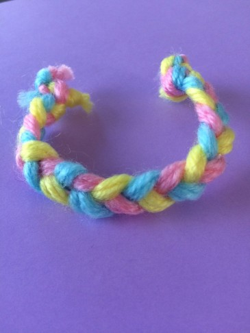 bracelet en laine