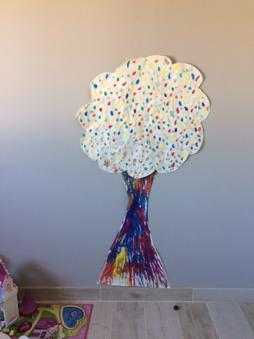 arbre geant enfant